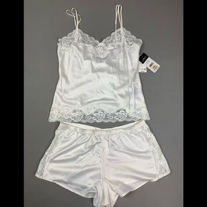 NEW! Ralph Lauren ivory lace pajama 2-piece set